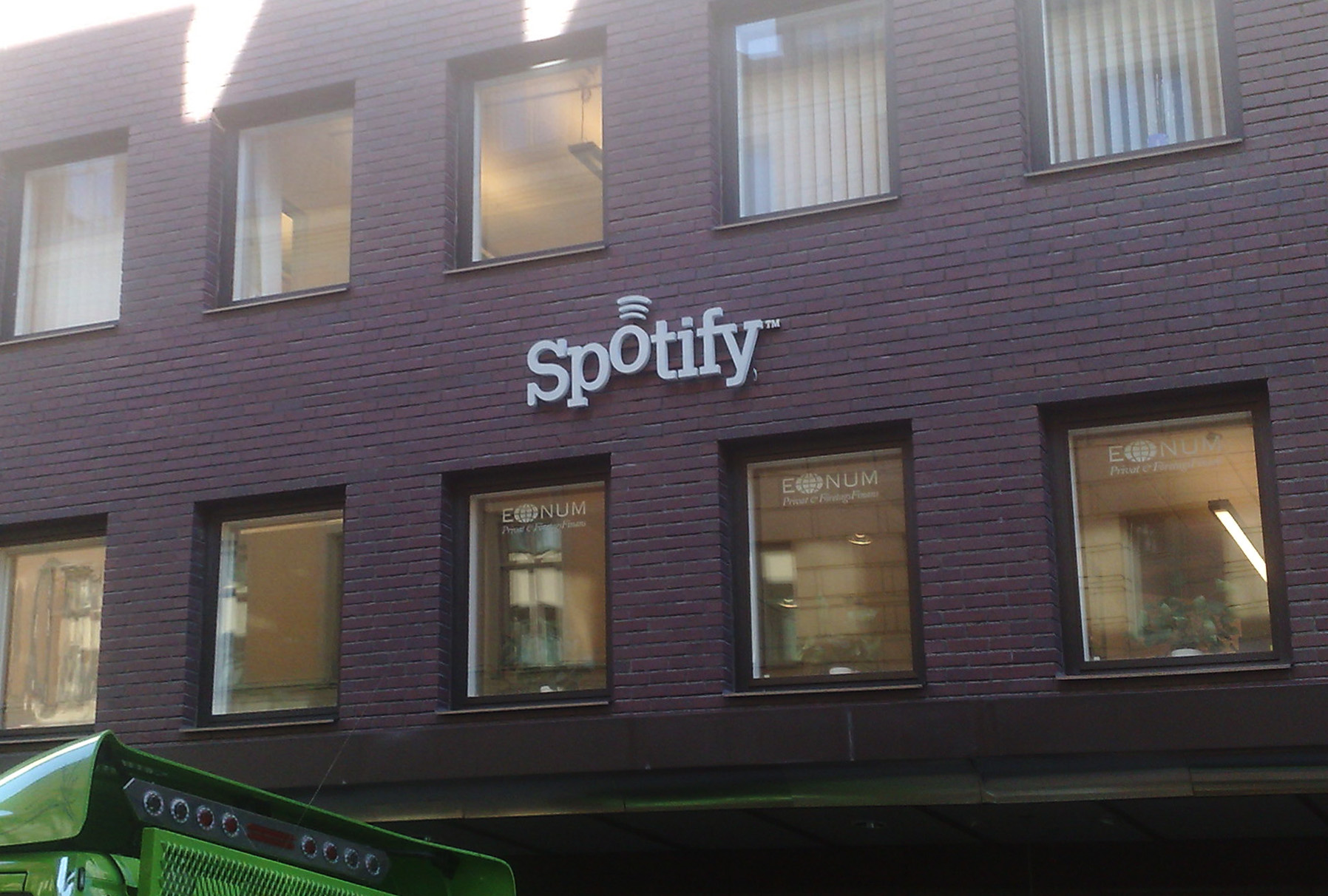Según la App de Facebook, Spotify ya supera los 26 millones de usuarios