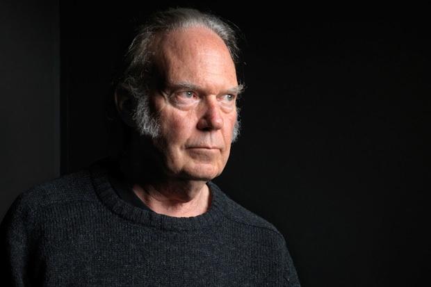 Neil Young anuncia el lanzamiento de Pono Music