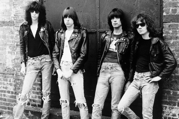Las escuchas de canciones de Ramones aumentan un 300% en Spotify