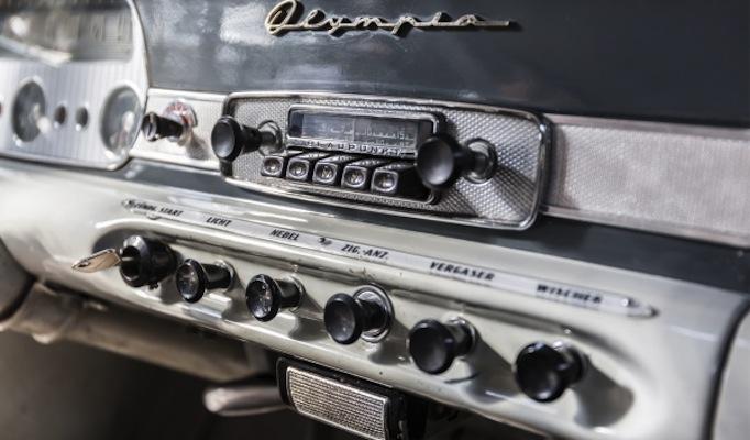 Música y coches: Necesidad instintiva del conductor-consumidor