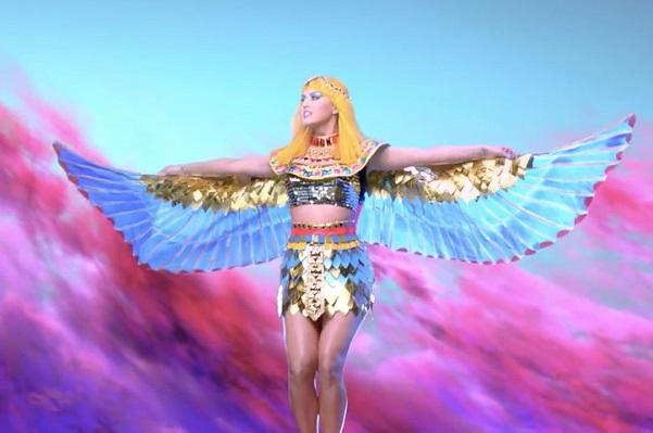 Katy Perry hallada culpable de plagio por su canción «Dark Horse»