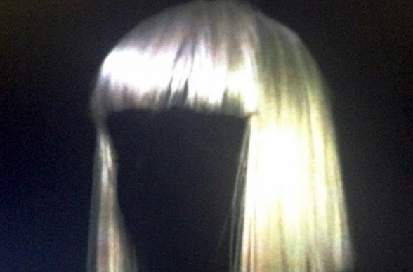 Sia gana 4 Aria Awards y se los regala a sus fans en Twitter