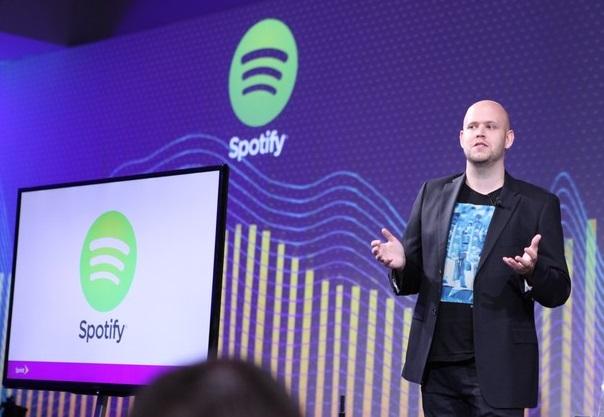 ¿Cuál es el impacto del streaming y de Spotify en los ingresos de la industria? ¿Positivo o Negativo?