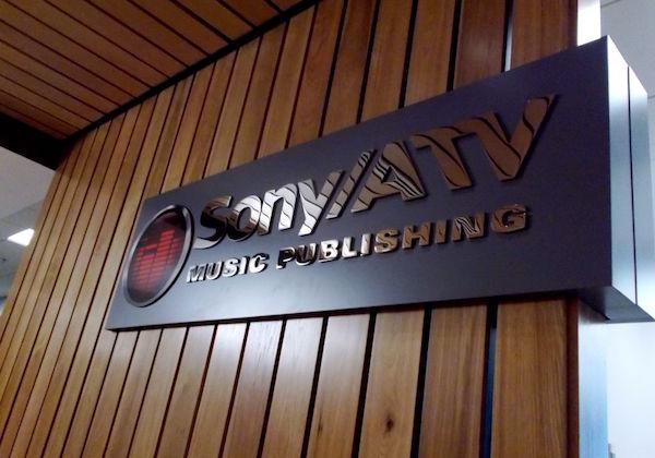 Rightscorp firma como cliente a Sony/ATV