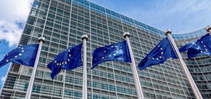 Comisión Europea dice que Apple ha distorsionado la competencia en el mercado del streaming